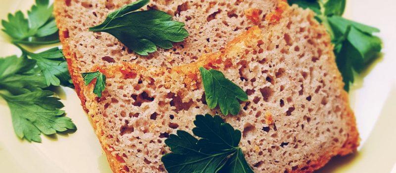 Banalny przepis na chleb bezglutenowy. Zawsze wychodzi!